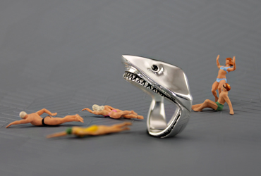 Anillo tiburon shark ring